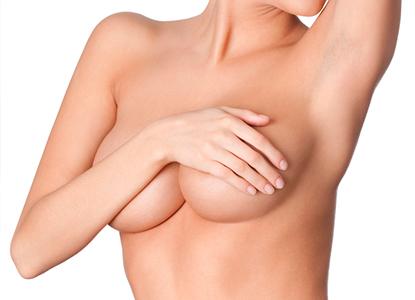 Brystforstørrende operation ved hjælp af eget fedt